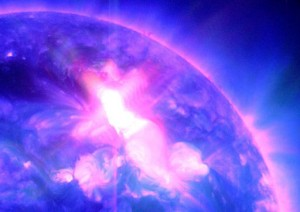 Sausio 23 d. pliūpsnis ultravioletinuose spinduliuose. NASA nuotr.