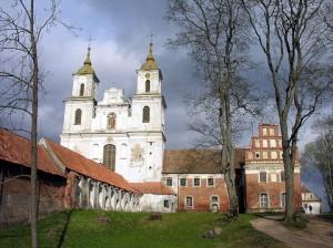 Ttytuvėnų bažnyčia ir vienuolynas | wikipedia.org nuotr.
