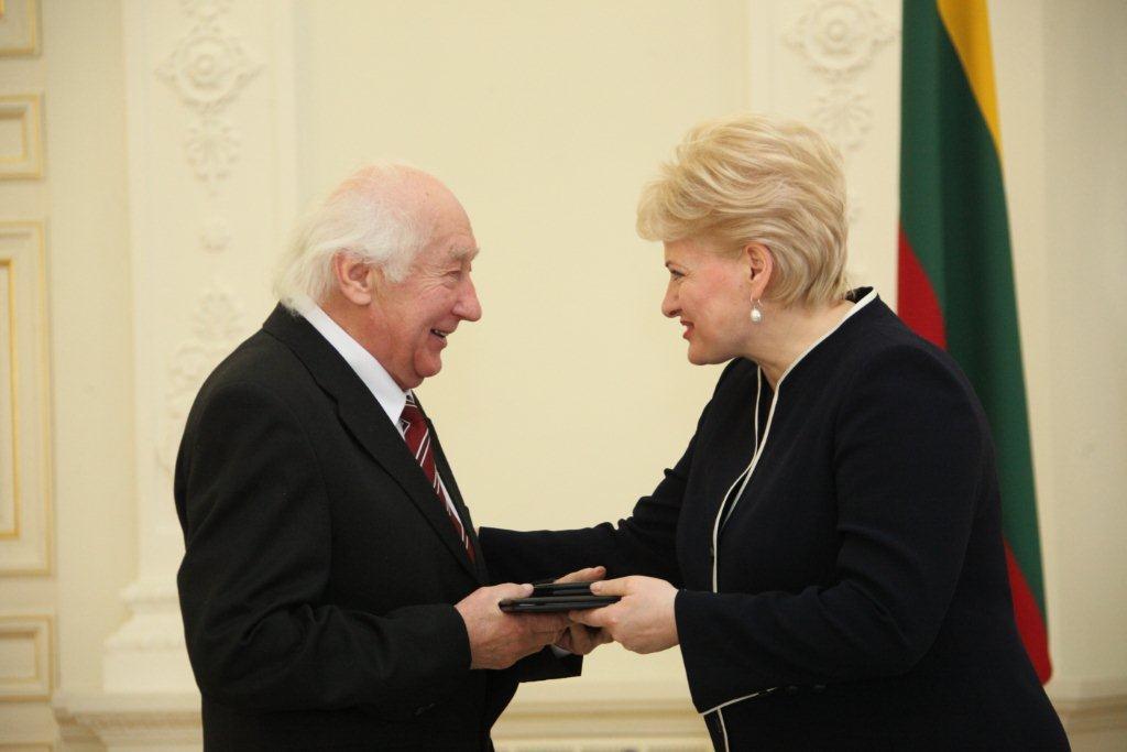 Henrikui Čigriejui įteikiama Nacionalinė premija, 2012 m. | lrp.lt nuotr.
