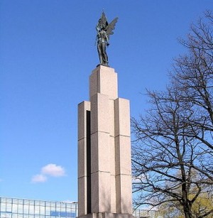 Kaunas. Laisvės statula vikipedija.org