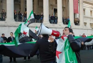 Aktyvistai Londono centre reikalauja nutraukti žudynes Sirijoje | L.Medelio nuotr.