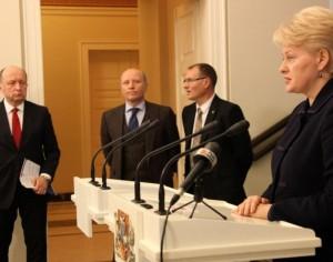 Prezidentės Dalios Grybauskaitės susitikimas su Ministru Pirmininku Andriumi Kubiliumi, vidaus reikalų ministru Raimundu Palaičiu ir Liberalų ir centro sąjungos pirmininku Algiu Čapliku | lrp.lt, Dž. G.Barysaitės nuotr.