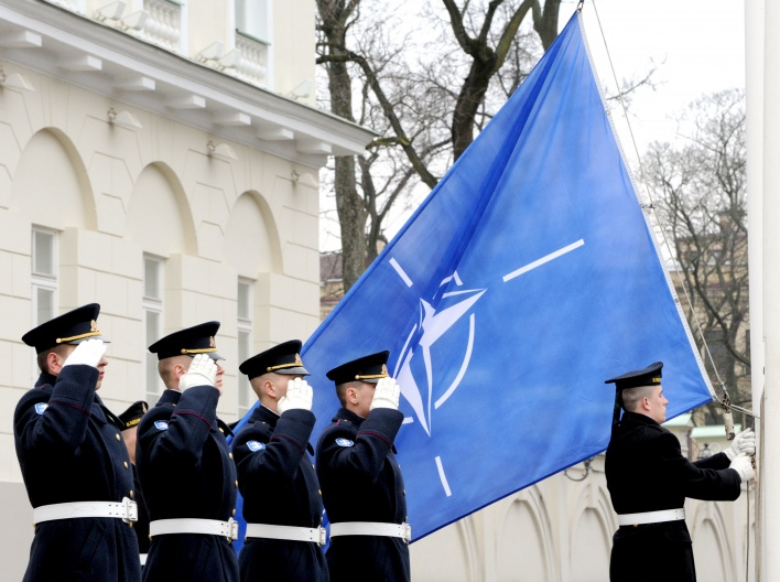 NATO vėliava | A.Pliadžio (KAM) nuotr.