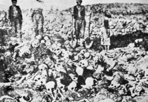 Masiniai armėnų kapai, 1915 m.
