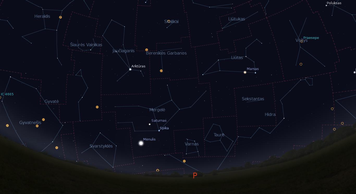 """Mėnulio pilnatis, Saturnas ir Spika balandžio 8 naktį, po vidurnakčio. """"Stellarium"""" nuotr."""