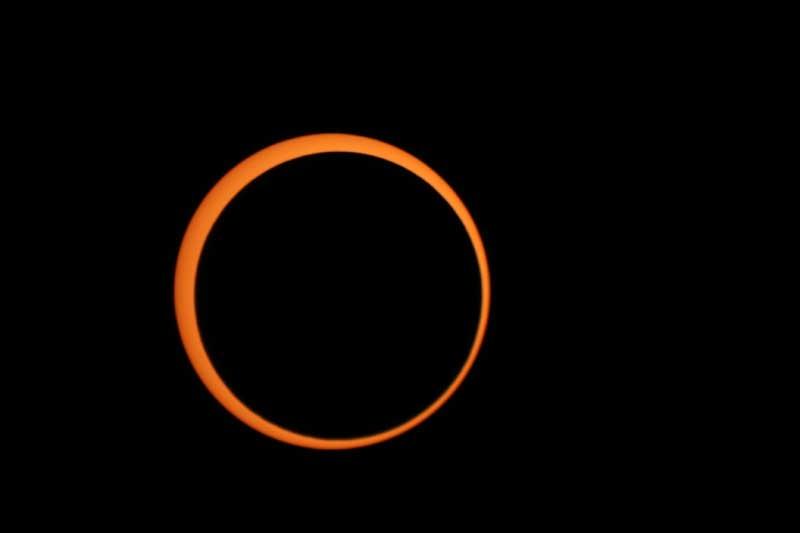 Žiedinis Saulės užtemimas. Michaelio Džilo nuotr.