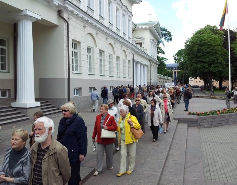 Vaikštynės prie prezidentūros, 2012 05 31 d. | Alkas.lt nuotr.