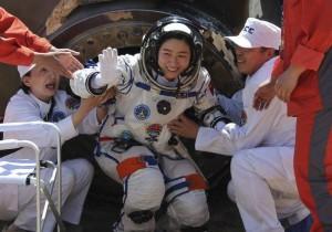 Liu Jan po kapsulės nusileidimo