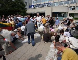 Lietuvos piliečiai protestavo prie LRT | M. Kavaliausko nuotr.