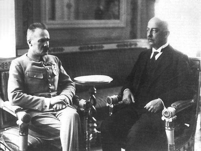 Juzefas Pilsudskis ir Gabrielius Narutavičius, Lenkijos prezidentas, Stanislovo Narutavičiaus, Vasario 16-osios Akto signataro, brolis | Wikimedia.org nuotr.