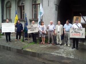 Piketas prie Ukrainos ambasados. A.Rasakevičiaus nuotr. (Alkas.lt)