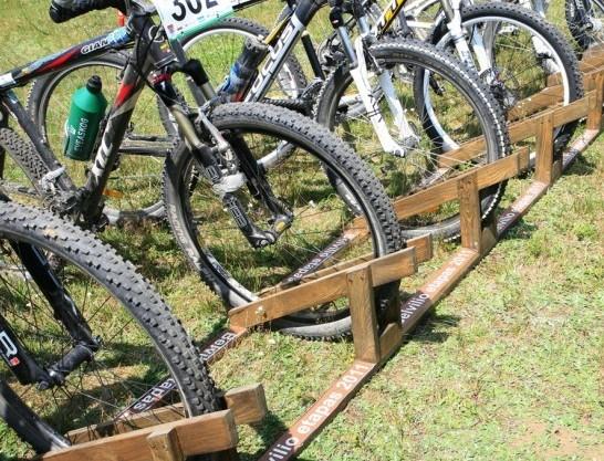 Didžiausias dviračių stovas, pristatytas 2011 Belvilio etape | nuotr. G.Budrio