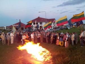 Žygio dalyviai susitiko Lietuvos ir Latvijos pasienyje | alkas.lt
