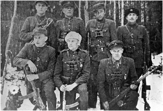 Pietų Lietuvos partizanai vyksta į suvažiavimą. 1949 vasaris