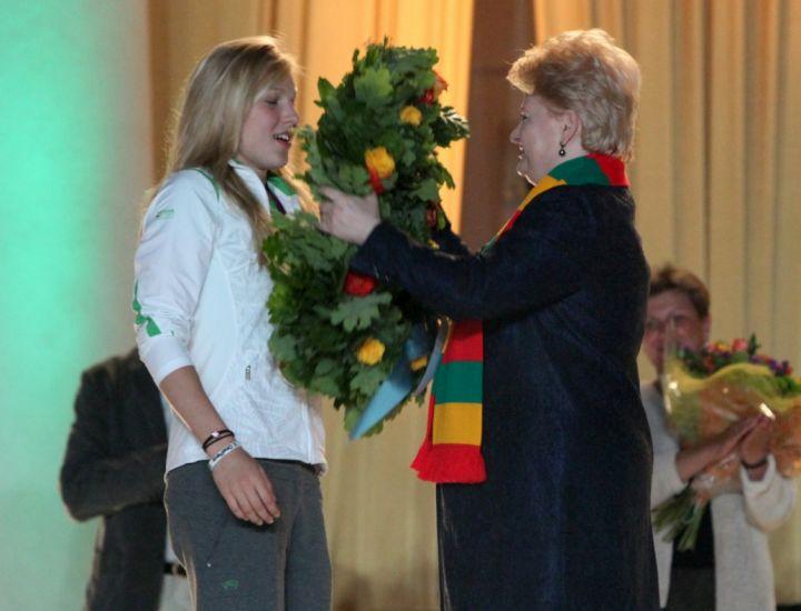Rūtą Meilutytę sveikina Dalia Grybauskaitė | lrp.lt nuotr.