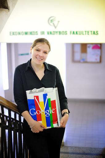 """Jaunesnioji mokslo darbuotoja, Google """"GSP Akademija"""" absolventė Elena Vitkauskaitė"""