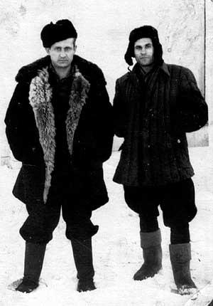 1955 metais lageryje D2. Iš kairės: Leonas Butkus ir Antanas Lukša | www.xxiamzius.lt nuotr.