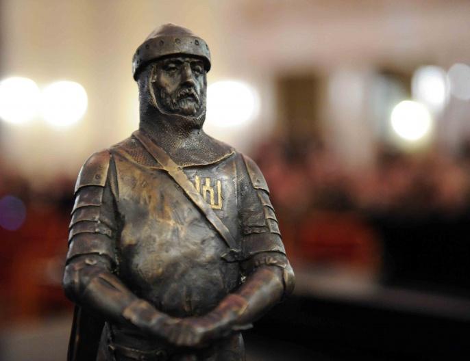 Skulptoriau Romo Kvinto sukurta bronzinė Lietuvos karžygio statulėlė   kam.lt nuotr.