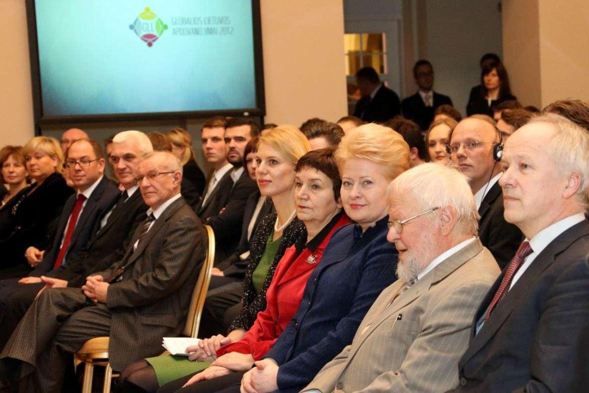 Įteikti Globalios Lietuvos apdovanojimai 2012 | lrp.lt, Dž.G.Barysaitės nuotr.