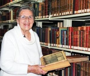 Jūratė de Rosales bibliotekoje 2012 m. | S.Petkaus nuotr.