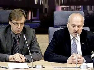Z.Vaišvila ir G.Songaila spaudos konferencijoje | Alkas.lt nuoptr.