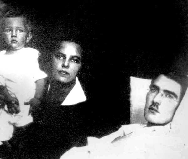 Paskutinė signataro Jokūbo Šerno nuotrauka, kurioje jis su žmona Vera ir sūnumi Žaku, 1926 metai | asm. Ž.Šerno nuotr.