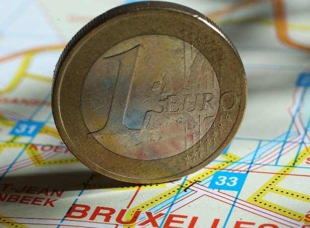 Euras ar Litas? | Alkas.lt koliažas
