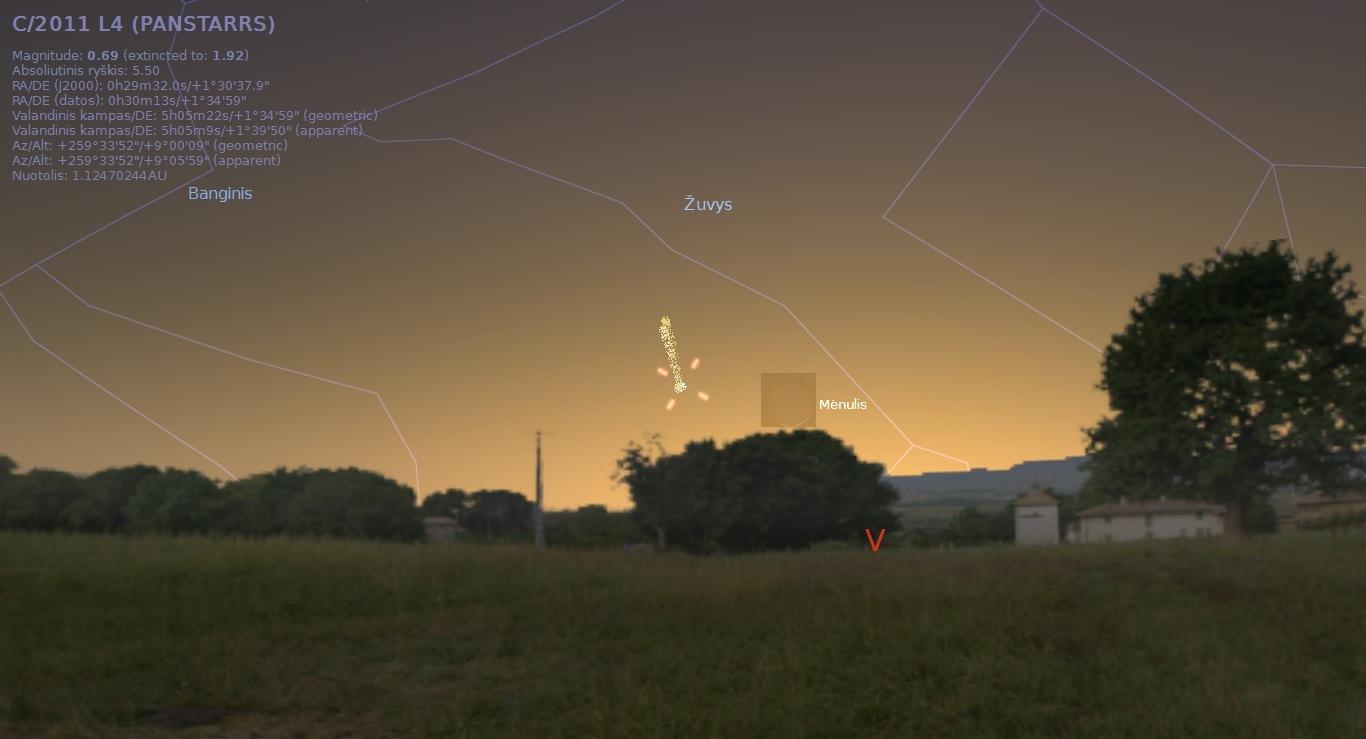 """Kometa C/2011 L4 tuoj po saulėlydžio kovo 12 d., Alkas.lt pav. (""""Stellarium"""")"""