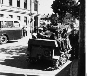 1941 m. birželio 22–28 d. sukilėliai Kaune | Bundesarchiv Bild 146-1984-102-25A nuotr.