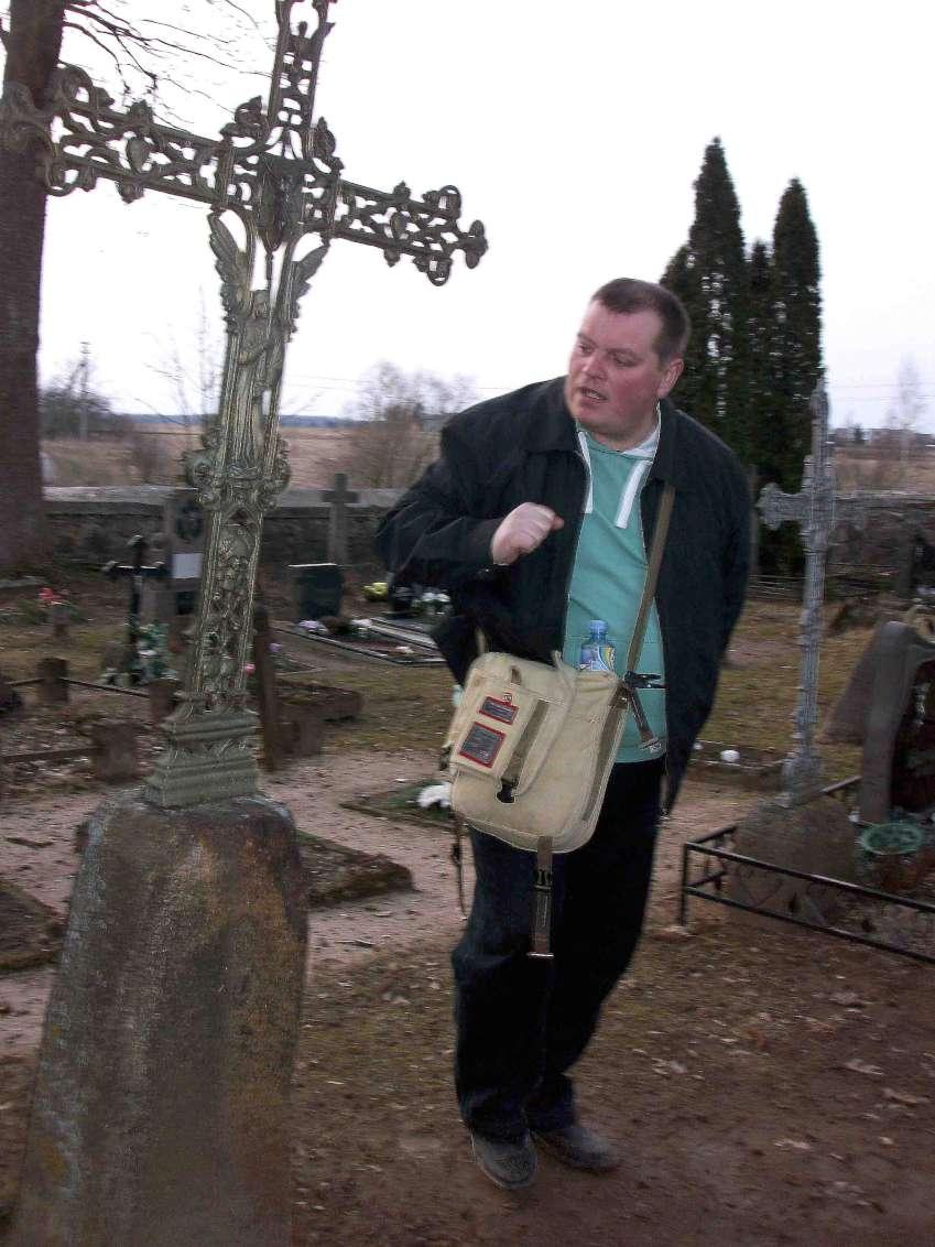 Ekskursijų vadovas, mokytojas Viktoras Stanislovaitis | R.Jasukaitiėnės nuotr.