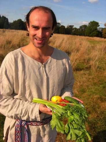 Raimundas, atvykęs į Angliją, ne tik atsisakė alkoholio, bet ir tapo vegetaru