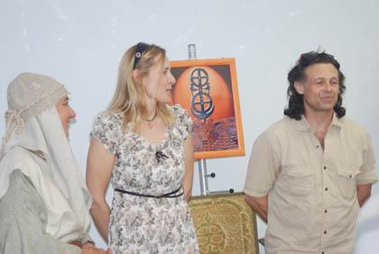 Iš kairės – kultūrologė Rita Balsevičiūtė, raitelė Skirmantė Naglytė, raitelis Gintaras Kaltenis