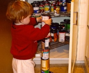 Pasikartojantis daiktų rikiavimas ar statymas – pirmieji autizmo požymiai | wikipedia.org nuotr.