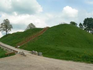 Sutvarkytas Pagramančio piliakalnis | Valstybinės saugomų teritorijų tarnybos nuotr.