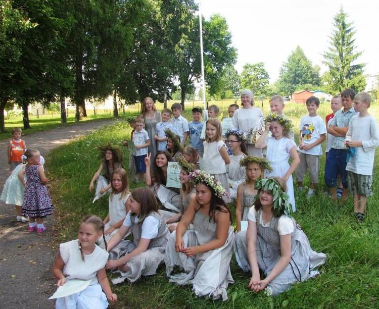 Vaikų folkloro stovykla Dieveniškėse
