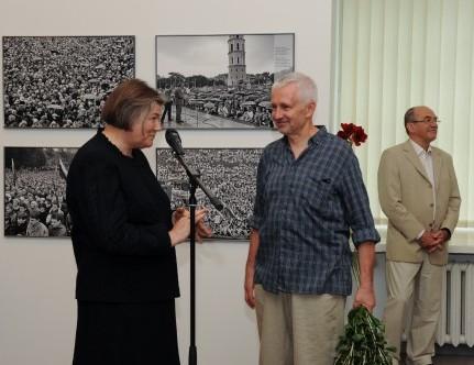 """Raimondo Urbakavičiaus fotoparoda """" Atgimimo kronika 1987–1993""""   lnm.lt nuotr."""