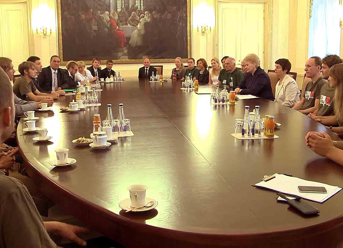 Diskusijos akimirka prezidentūrojs | Alkas.lt nuotr.