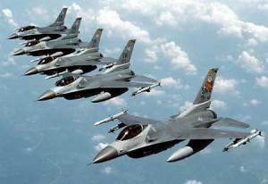 """Naikintuvas """"F-16"""""""
