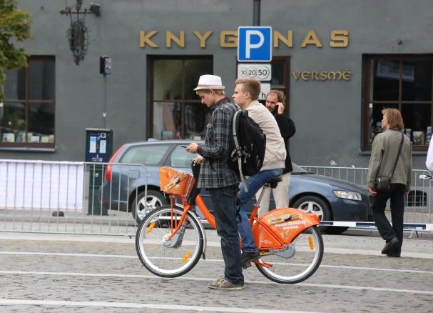 Oranžinis dviratis | Alkas.lt, A.Sartanavičiaus nuotr.
