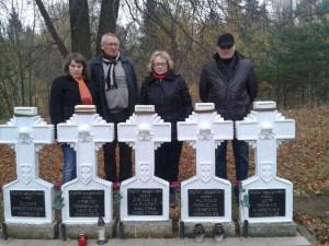 Nepriklausomybės gynėjų sąjungos Panevėžio skyriaus nariai aplankė žuvusiųjų partizanų kapavietės