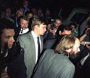 1991-08-23 KGB Lietuvoje-perėmimas, Z.Vaišvila ir kiti. | Archyvinė nuotr.