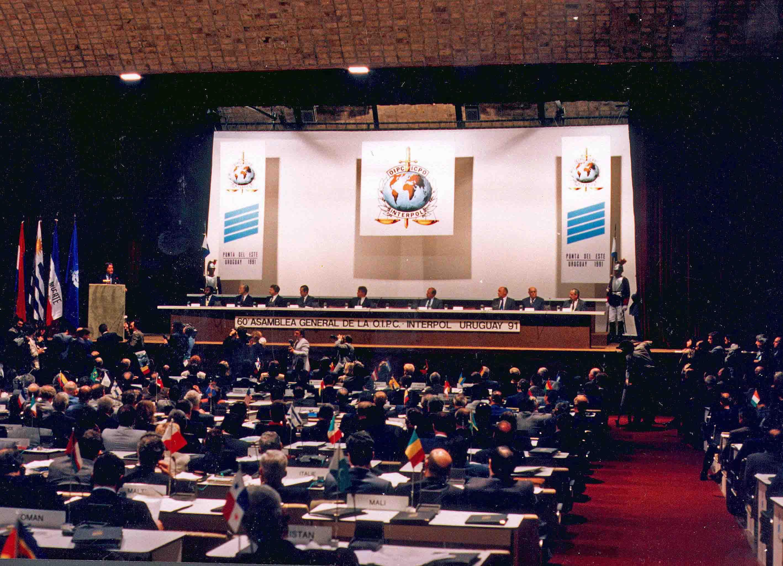 60-osios Interpolo Generalinės Asamblėjos sesijos atidarymas, 1991 m. lapkričio 4 d. | organizatorių nuotr.