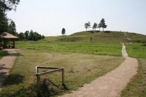 Bėčionių piliakalnis pritaikytas lankymui | Valstybinės saugomų teritorijų tarnybos nuotr.