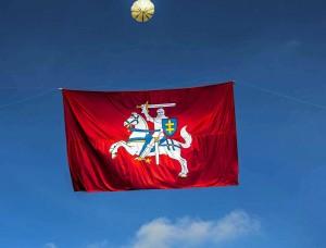 Vyčio vėliava virš Lukiškių aikštės | Alkas.lt, A.Sartanavičiaus nuotr.