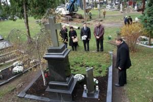 Prie Vailokaičių kapo Paštuvoje | Kauno rajono savivaldybės nuotr.