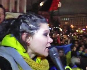 Mitinguotojus audrina ugningoji Eurovizijos žvaigždė Ruslana | Alkas.lt nuotr.
