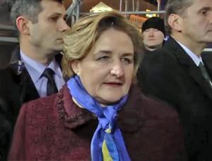 Loreta Graužinienė Ukrainos opozicijos mitinge, Laisves aikštėje, Kijeve | Alkas.lt nuotr.