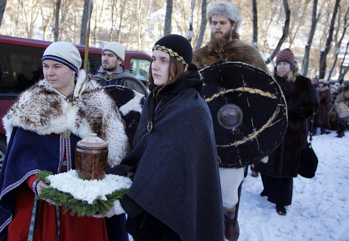 Atsisveikinimo su Kriviu eisena Vilniaus Šventaragio slėniu | Alkas.lt, V.Daraškevičiaus nuotr.