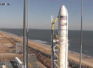 Raketa pasiruošusi skrydžiui