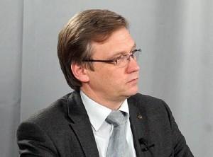 Z. Vaišvila dar 2003 m. kreipėsi į Valstybės kontrolę ir į prokuratūrą dėl galimai nusikalstamų Finansų ministerijos, kuriai tuo metu vadovavo ministrė D. Grybauskaitė, atstovų veikų.  | Ekspertai.eu nuotr.